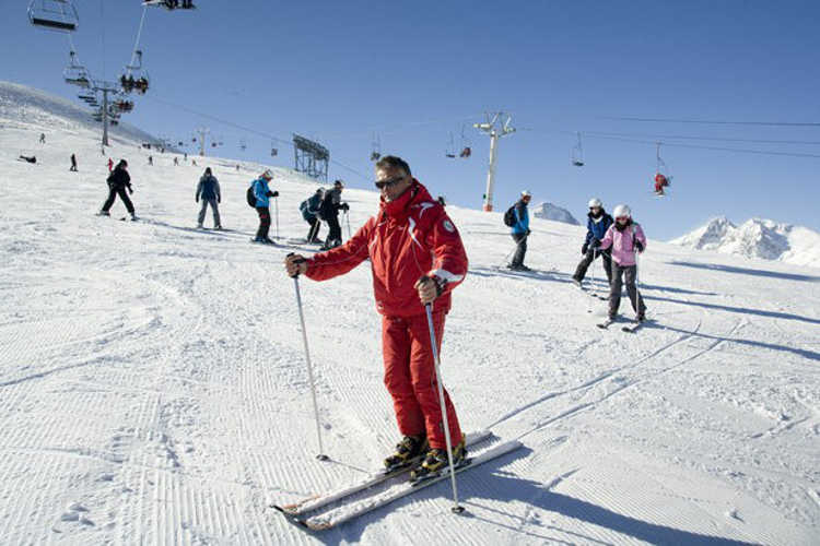 Finding work as a ski instructor