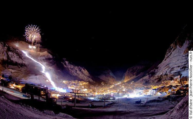 Val disere ski resort at night