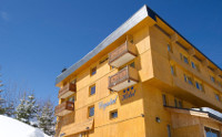 Chalet Hotel Crystal 2000, Courchevel Childcare