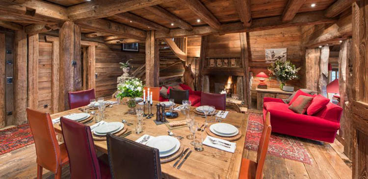 Ski chalet Montana in the popular French ski resort of Courchevel