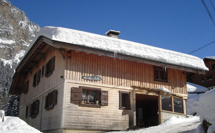 Chalet Les Lanchettes in Morzine sleeps 14 and has a hot tub