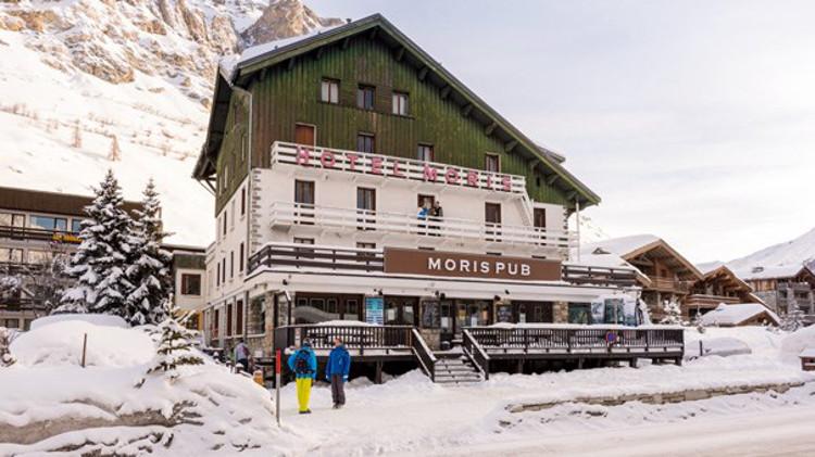 The Moris Pub