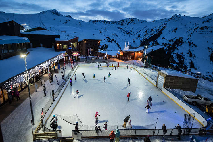 Fun Activities in Les Arcs - Ice Skating