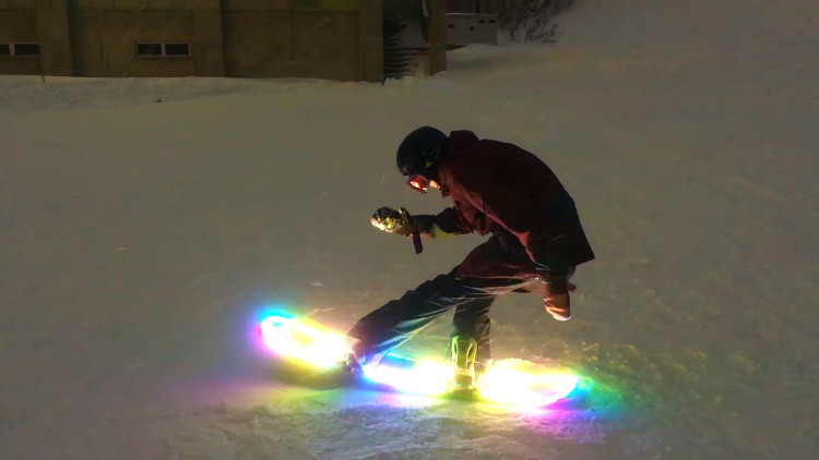 LED snowboard set to launch in time for the 2018 ski season
