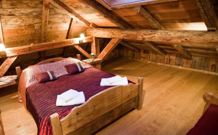 Le Retreat, bedroom