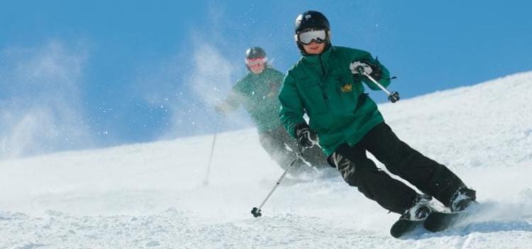 Le Ski Hosting