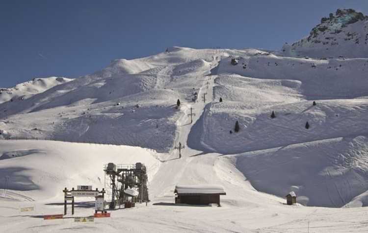 Roc de Tougne draglift will be replaced with a 6-man chairlift, cutting times to 3 minutes