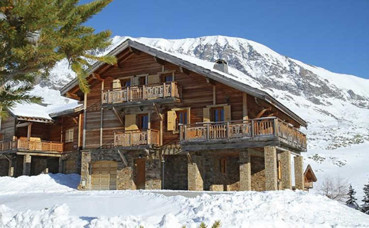 Chalet des Neiges in Alpe d'Huez is self-catered and sleeps 20, prices start at just £188pp for a week's stay