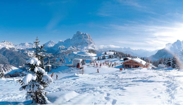 Ski Chalet Holidays, Selva, Italy
