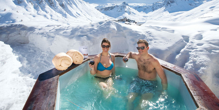 Ski Chalet Deals With A Hot Tub