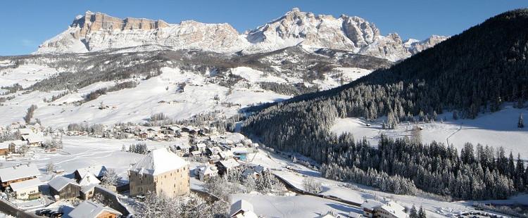 Ski Chalet Holidays, La Villa (Sella Ronda), Italy