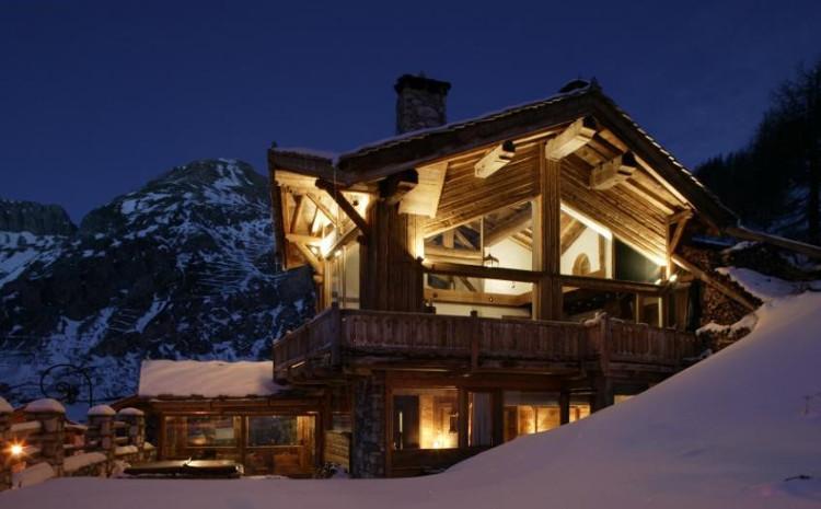 Ski Chalets Sleeping 10 People
