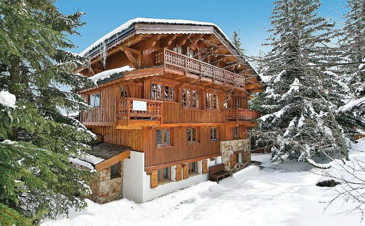 Ski Chalets Sleeping 19 People