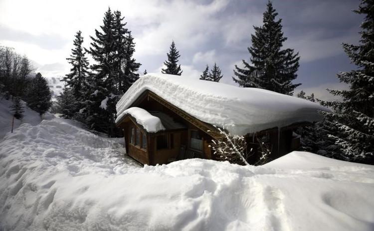 Ski Chalets Sleeping 9 People