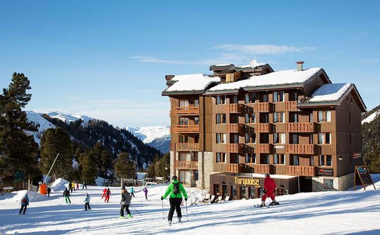 Ski Chalets for Large Groups