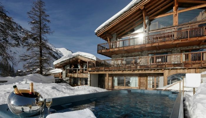 A ski chalet is a great idea if you are travelling alone, join a readymade party