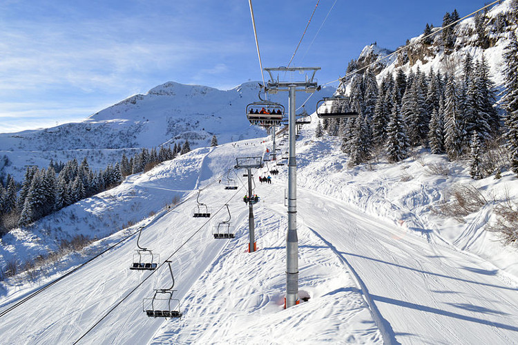 Skiing in Le Grand Massif