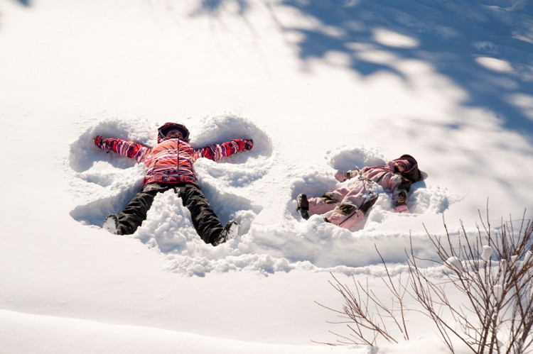 Skiing with under 2-year-olds