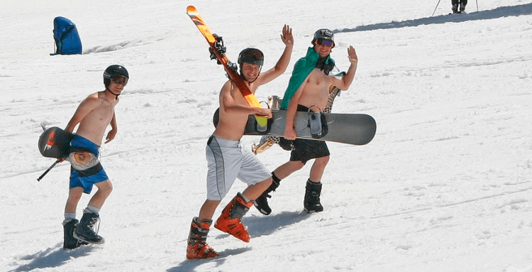 Guys t-shirt skiing in the spring
