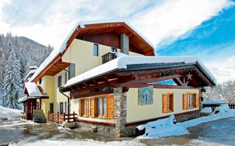 Ski Holiday Sauze d'Oulx Hotel Edelweiss