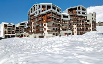 Ski Holiday Tignes Le Hameau du Borsat Apartments
