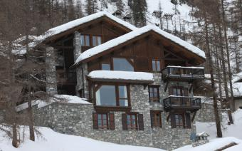 Ski Holiday Val dIsere Chalet Cristal A
