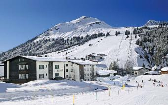 Ski Holiday Lech Chalet Hotel Montfort