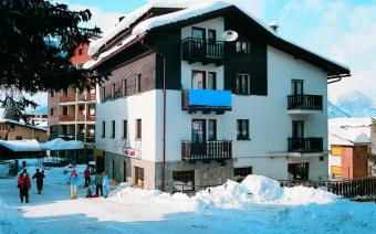 Ski Holiday Sauze d'Oulx Clotes Apartments