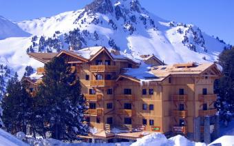 Ski Holiday Les Arcs Chalet L'ours Blanc