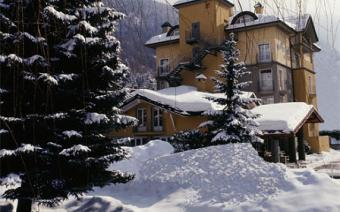 Ski Holiday Courmayeur Hotel Bouton D'or