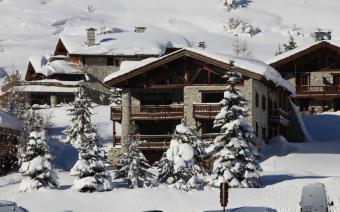 Ski Holiday Val dIsere Chalet Grand Pares