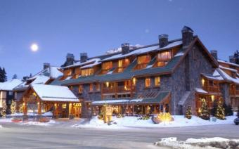 Ski Holiday Banff The Fox Hotel and Suites