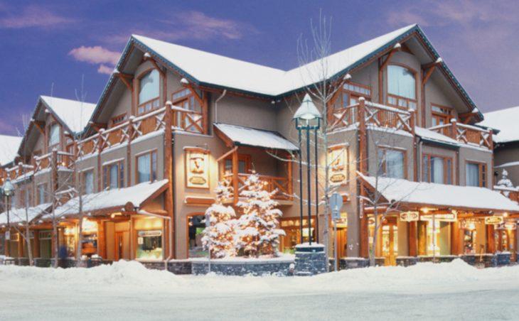 Brewsters Mountain Lodge,banff,canada.external