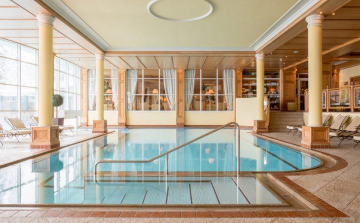 Astoria Resort - 12