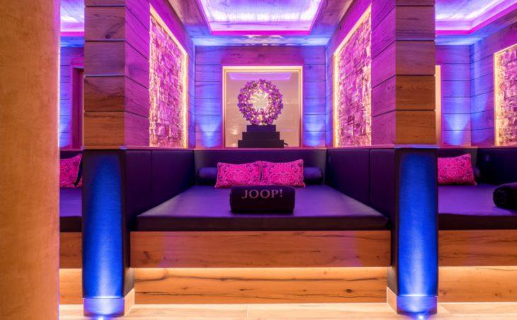 Astoria Resort - 9