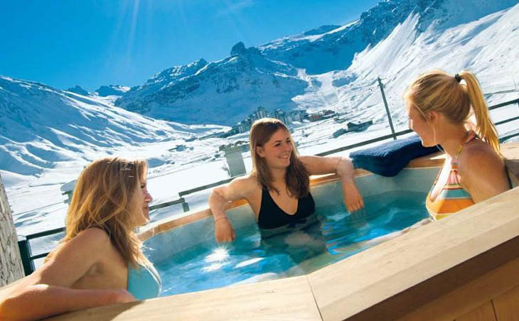The Five Best Ski Chalets in Tignes