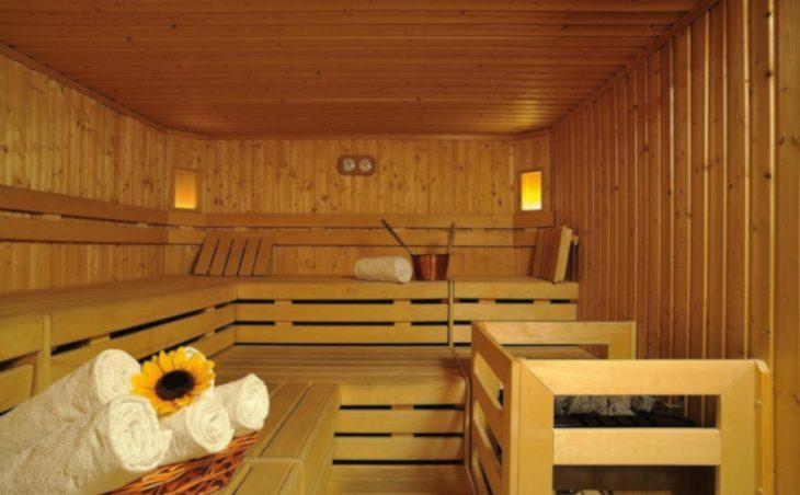 Sporthotel Romantic Plaza - 12