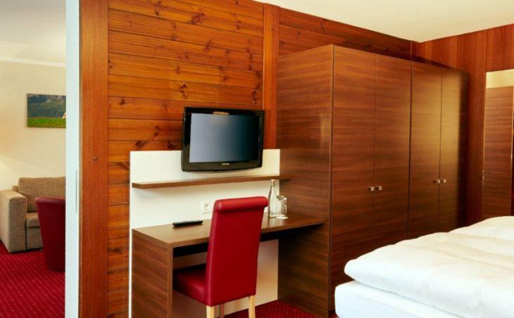 H+ Hotel & Spa - 4