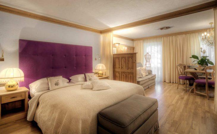 Hotel La Perla - 11