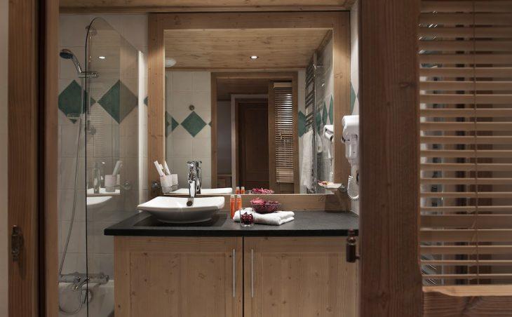Les Clarines Ski Apartment - 10