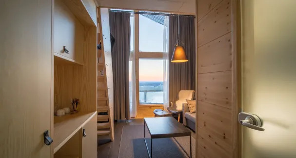 Santa's Star Arctic Hotel - 4