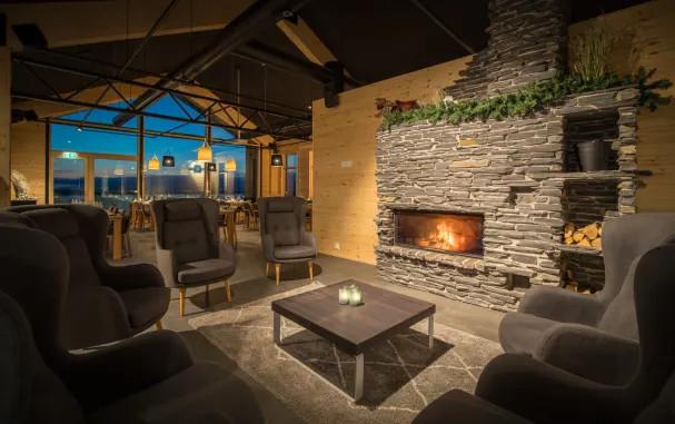 Santa's Star Arctic Hotel - 7