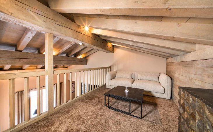 Aspen House Loft 1 (Contactless Chalet Catering) - 17