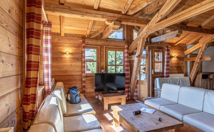 Chalet Edelweiss (Contactless Chalet Catering) - 9
