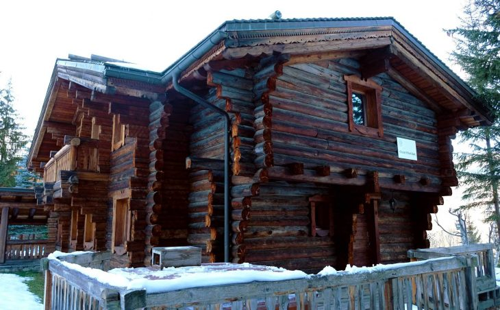 Chalet Elliot East (Contactless Chalet Catering) - 8
