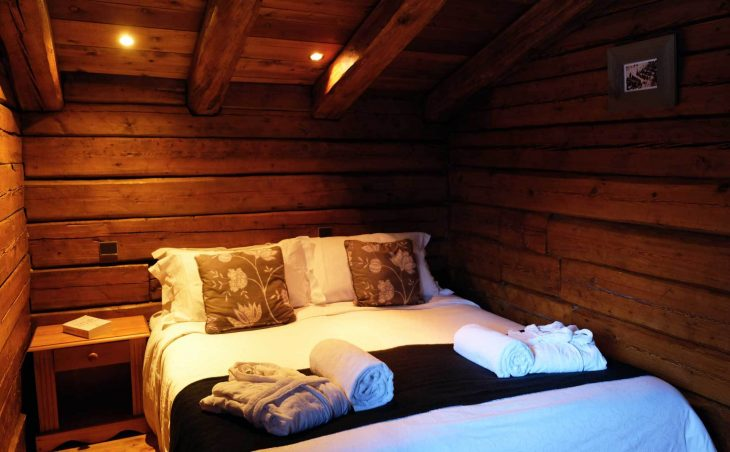 Chalet Elliot East (Contactless Chalet Catering) - 10