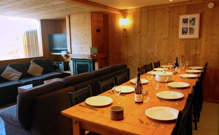Chalet Hayley (Contactless Chalet Catering) - 3