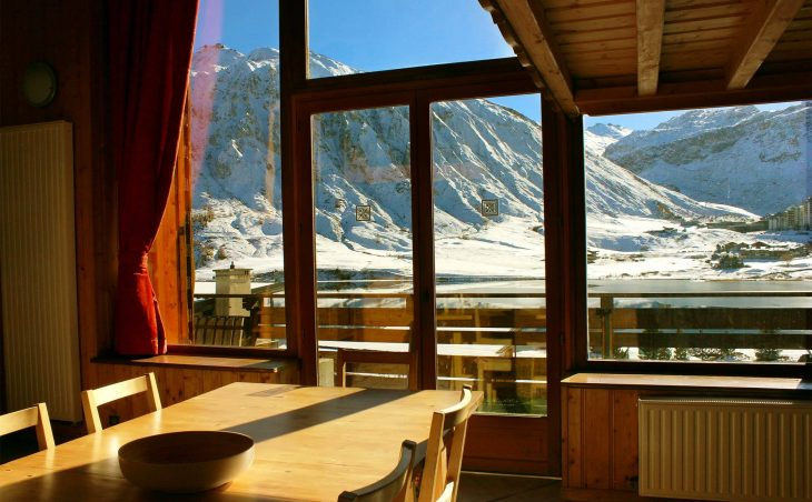 Chalet Iceberg (Contactless Chalet Catering) - 2