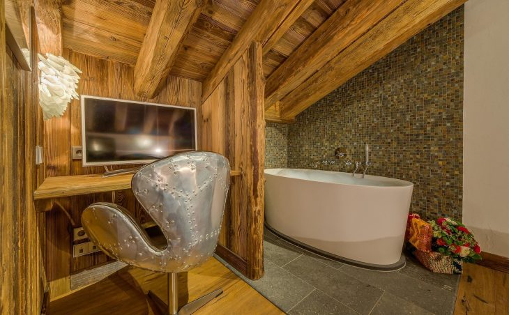 Chalet Jupiter (Contactless Chalet Catering) - 7
