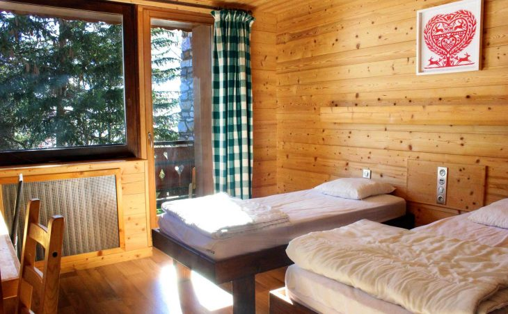 Chalet Les Arolles (Contactless Chalet Catering) - 4